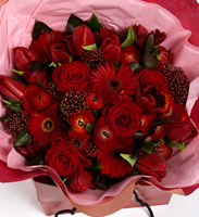 Special Dark Red Valentine Bouquet